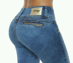 Sexy Jeans, Denim Jeans, New York Style, Girls Jeans, Fashion Sketches, Jeans Style, Autumn Fashion, Levis, Womens Fashion