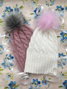 Tupsupipo - helppo neuleohje Fun Projects, Ravelry, Headbands, Knitted Hats, Knit Crochet, Diy And Crafts, Winter Hats, Weaving, Beanie