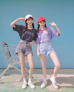 Japanese Fashion, Asian Fashion, Girl Fashion, Korea Summer Fashion, Ulzzang Korean Girl, Cute Korean Girl, Fashion Poses, Fashion Outfits, Japonese Girl