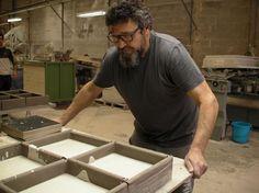 ¿Qué está dejando Salva preparado antes de disfrutar del fin de semana? #azulejos #handmade #artesanía #cerámica