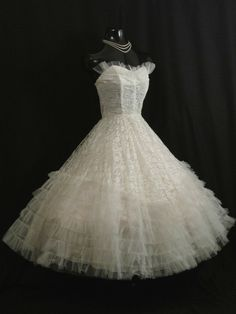 1aa1093c195b Vintage 1950's 50s STRAPLESS White Tulle Lace Prom Party Wedding Dress Gown  #wedding
