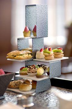 Jumeirah Creekside Hotel - Dubai Restaurants - Crimson Gallery - Cake