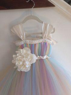 Pastel rainbow tutu flower girl dress with flower por HadandHarps, $85.00