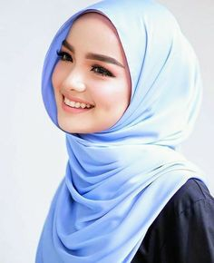 Beautiful Muslim Women, Beautiful Hijab, Video Hijab, Muslim Beauty, Womens Fashion, Women, Women's Fashion, Woman Fashion, Fashion Women