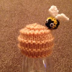 Innocent Hat - Beehive Knitting Paterns, Knitting Videos, Knitting For Beginners, Knitting Designs, Knit Patterns, Free Knitting, Knitting Projects, Cute Crochet, Knit Crochet