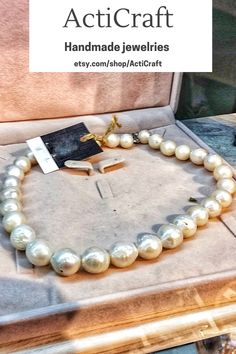 Handmade item Materials: Pearl & shell Gemstone: Pearl Style: Avant garde Adjustable length: Yes Chain style: Bead Description ActiCraft - Crafting Your Curiosity! Classic Pearl Necklace - handmade wedding pearl necklace is for women and girls. akoya pearl is a mineral of organic origin. It is formed by mollusk sands covered by sand layers. we provided different size of Ivory pearl necklace. Handmade Statement Necklace, Statement Necklaces, Handmade Necklaces, Handmade Jewelry, Real Pearl Necklace, Pearl Necklace Wedding, Gemstone Necklace, Charm Necklaces, Beaded Necklaces