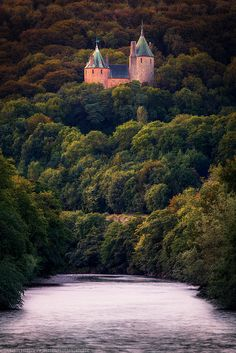 Coch Castle from the footbridge, Tongwynlais, Cardiff, Wales on Flickr.Via Flickr