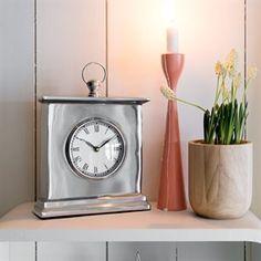 "Bordklokke - ""Silver""   Interiør - drlykke.no Clock, Silver, Home Decor, Watch, Decoration Home, Money, Room Decor, Interior Design, Home Interiors"