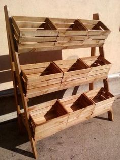 Shelves of fruit boxes Vegetable Shop, Vegetable Stand, Shop Interior Design, Store Design, Diy Pallet Projects, Wood Projects, Fruit Shop, Bois Diy, Farm Shop