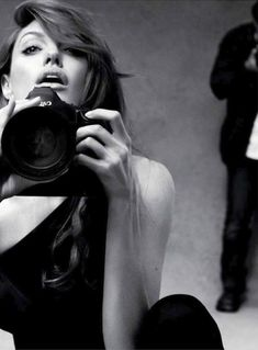 And I never really liked Angelina Jolie until I saw her using a Canon. Hot.