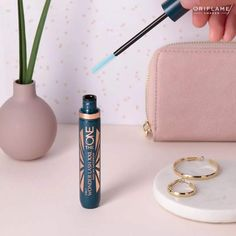 The one 5 in 1 wonder lash XXL mascara Waterproof .Dm or WhatsApp 8390934734 . Oriflame Beauty Products, Oriflame Cosmetics, Spectrum Brushes, Insta Makeup, Eye Makeup, Eyeliner, Eyeshadow, Anime Makeup, Best Lashes
