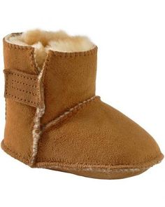 INFANT MINNETONKA GENUINE SHEEPSKIN BOOTIES *Ships to Canada
