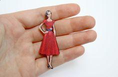Wooden Vintage Fashion Lady Brooch.