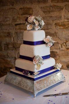Cake Design by Joanna Clarke - https://www.facebook.com/cakedesignbyjoannaclarke