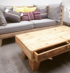 Wooden Pallet Sofa Ideas