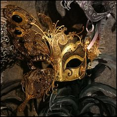 Beautiful Mardi Gras Mask (in Saints colors). Mardi Gras Carnival, Mardi Gras Party, Carnival Masks, Steampunk, Butterfly Mask, Masquerade Party, Masquerade Masks, Venetian Masks, Beautiful Mask