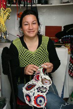 Personas y organizaciones que trabajan junto a Nuestras Huellas Social, Crochet, Fashion, Organizations, Foot Prints, People, Moda, Fashion Styles, Ganchillo