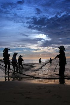 Vietnam   Photography   Guide   Travel   South East Asia   Backpack   Destination   Ho Chi Minh City   Mekong Delta   Hue   Hoi An   Sapa   Halong Bay   Things to do