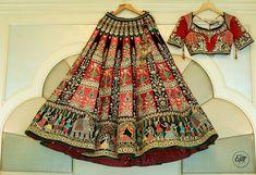 Looking for Unique bridal lehenga on hanger with motifs? Browse of latest bridal photos, lehenga & jewelry designs, decor ideas, etc. Designer Bridal Lehenga, Indian Bridal Lehenga, Indian Bridal Wear, Indian Wedding Outfits, Red Lehenga, Bridal Outfits, Indian Outfits, Bridal Dresses, Anarkali