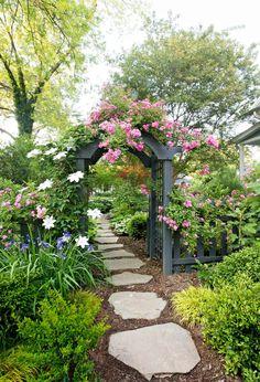 Beautiful backyard flower garden - backyard garden – Design the garden with different shade garden ideas is just one of the choice - The Secret Garden, Starting A Garden, Garden Cottage, Garden Care, Garden Paths, Garden Types, Herb Garden, Box Garden, Garden Arbor