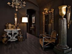 Parchet Nuc Black Copper  Parchetul Black Copper aduce o pata de culoare in casa dumneavoastra. Se remarca prin culoarea neagra cu infiltratii de bronz metalic in fibra lemnului.