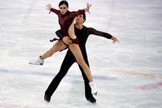 Winter Olympics 2018: Tessa Virtue and Scott Moir Win Ice Dancing Gold