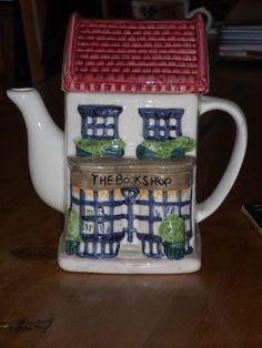 Book Shop Teapot