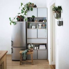 Tylko Wall Storage. The best customized furniture Woodworking Furniture, Furniture Plans, Home Furniture, Woodworking Plans, Outdoor Furniture, White Painted Furniture, Paint Furniture, Scandinavian Style, Modern Bookcase