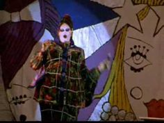 (2) Leigh Bowery at Wigstock - YouTube