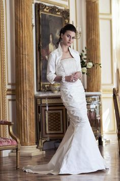 Cachel Wedding Dress – Ian Stuart Revolution Rocks 2011 Bridal Collection