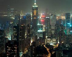 7. The travel hotspot on our wish list: Hong Kong. #bareMinerals #READYtowin