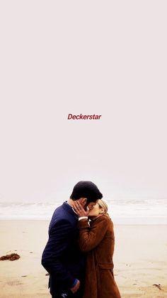 Lucifer and Chloe kiss ❤❤ Lucifer 3, Tom Ellis Lucifer, Best Series, Tv Series, Fangirl, Chloe Decker, Lauren German, Morning Star, Film Serie