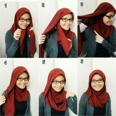 I can look damn pretty with glasses on hijab🤓 Tutorial Hijab Segi 4, Square Hijab Tutorial, Simple Hijab Tutorial, Hijab Style Tutorial, Scarf Tutorial, Stylish Hijab, Casual Hijab Outfit, Hijab Chic, Muslim Fashion