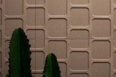Revestimentos que imitam materiais diferentes dominam feira de construção