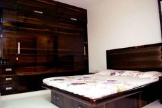 Masters Bedroom With Wardrobe Design By Nupur Jain Interior Designer In Mumbai Maharashtra