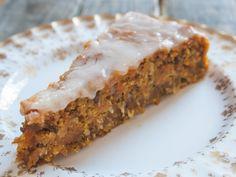 veganer Möhren-Kuchen zum Osterfest