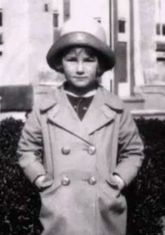 Beatrice Arthur was born Bernice Frankel Golden Girls, Golden Age, Bea Arthur, All Girls Boarding School, People Of Interest, Celebs, Celebrities, Vintage Hollywood, Infancy