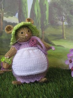 Lilly Lavender mouse   Brambly Hedge by dollsandbunnies on Etsy, $39.00