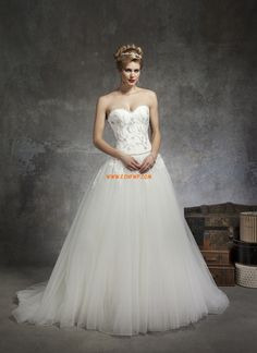 Sweep Släp Vår Bärlbroderi Lyx Bröllopsklänningar