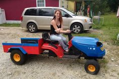 Garden Tractor to Pickup Truck - Instructables Yard Tractors, Small Tractors, Tractor Mower, Mini Trucks, New Trucks, Pickup Trucks, Atv Trailers, Dump Trailers, Go Kart Frame Plans