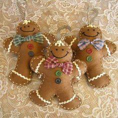 1 Stuffed Felt Gingerbread Man Christmas Ornaments by mariiam Gingerbread Ornaments, Christmas Ornaments To Make, Christmas Sewing, Christmas Gingerbread, Noel Christmas, Felt Ornaments, Homemade Christmas, Christmas Projects, Felt Crafts