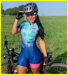 Biking clothes & bike accessories from more than 100 brands. cycle for fun, mountain bicycle, or need the current triathlon wear . Road Bike Women, Bicycle Women, Bicycle Girl, Cycling Tights, Cycling Wear, Women's Cycling, Cycling Jerseys, Badass Women, Sexy Women