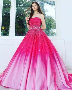 #weddingdress #couturefashion #dress  #fashion #gradation #couture#ballgown #ウエディングドレス#ドレス#プレ花嫁  #marryxoxo #marry花嫁 #カラードレス  #グラデーション#きれい#大人可愛い #kiyokohata #キヨコハタ