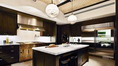 Wonderful kitchen design! Make your home look amazing with Brown Interiors design services and we will make sure you love it.  #BrownInteriors #InteriorDesign #kitchen #homedecor