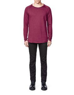Skooly sweatshirt-Men's sweatshirt in cotton fleece blend. Features raglan sleeves and rounded neckline with flatlock seam. Bottom hem and sleeve with raw edges. Men's Sweatshirts, Cotton Fleece, Neckline, Pullover, Fitness, Sleeves, Sweaters, Fashion, Moda