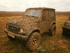 Suzuki Samurai sj80 mud