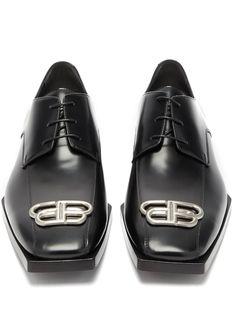 Smooth Leather, Black Leather, Bb Logo, Mens Derby Shoes, Balenciaga Dress, Fashion 2020, Black Heels, Menswear Online, Shopping Bag