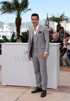 Colin Farrell: parece que Farrell já nasceu usando esse terno cinza impecável, tamanha a naturalidade com que apareceu com ele em Cannes. Lenço no bolso, sapatos certos, gravata para quê mesmo?