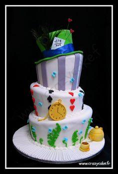 Wedding Cake Alice in Wonderland