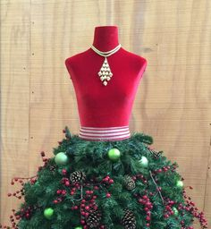 Grand Diva Dress Form Christmas Tree - DIY Tutorial | More ...
